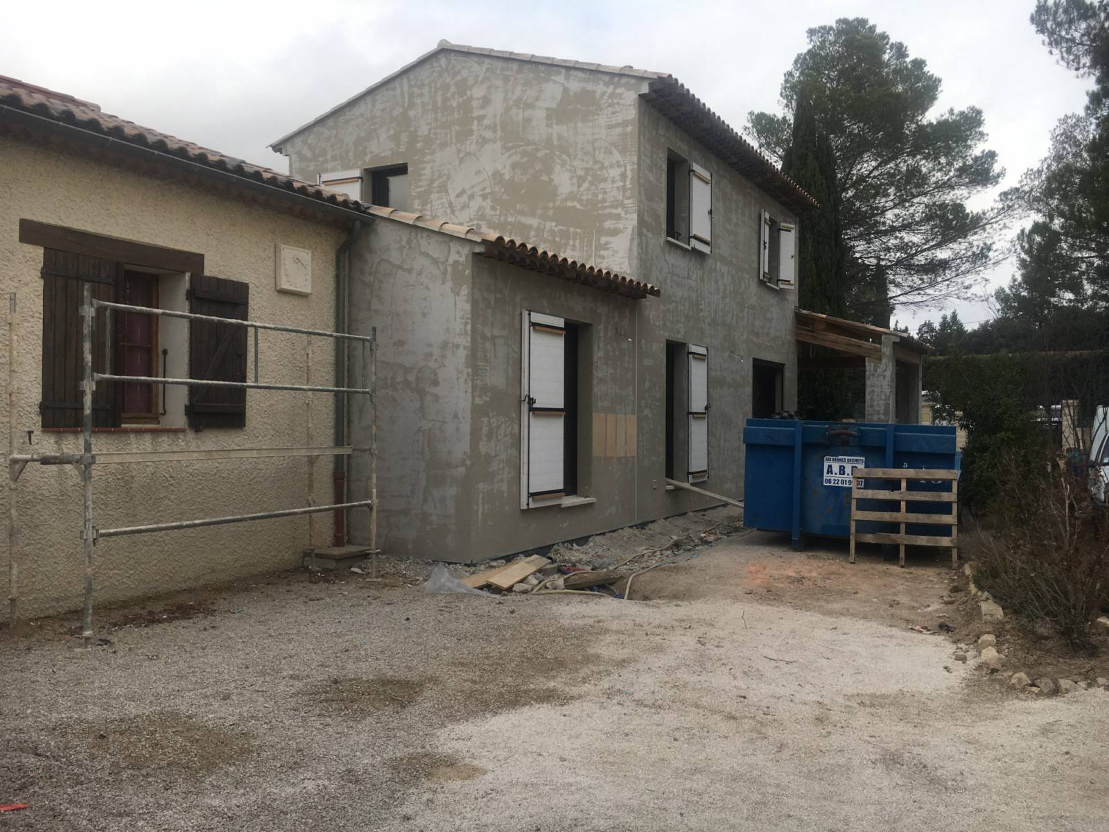 R novation de fa ade de villa saint cannat travaux de for Devis renovation facade